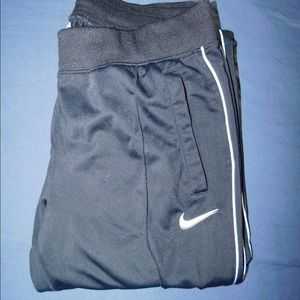 Black Nine sweatpants